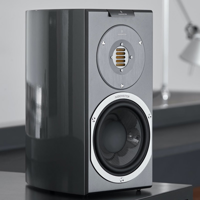 AUDIOVECTOR R1_resized